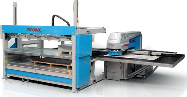EUROMAC MTX12 sa integrisanim sistemom za dopremanje lima i odpremanje komada